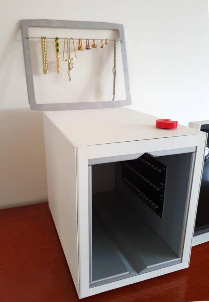 COBstr Box